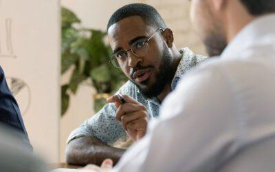 Não corra de conversas difíceis! Surpreenda-se tirando o melhor delas