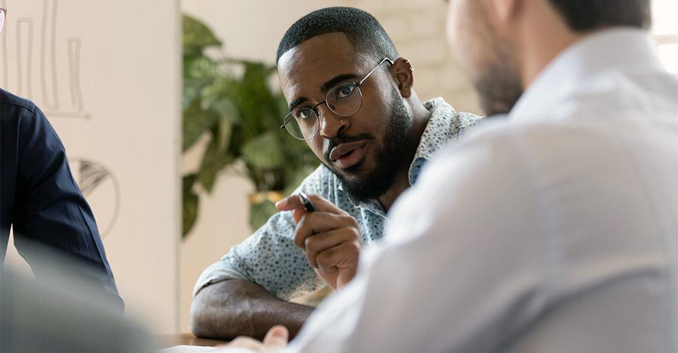 Não corra de conversas difíceis! Surpreenda-se tirando o melhor delas.